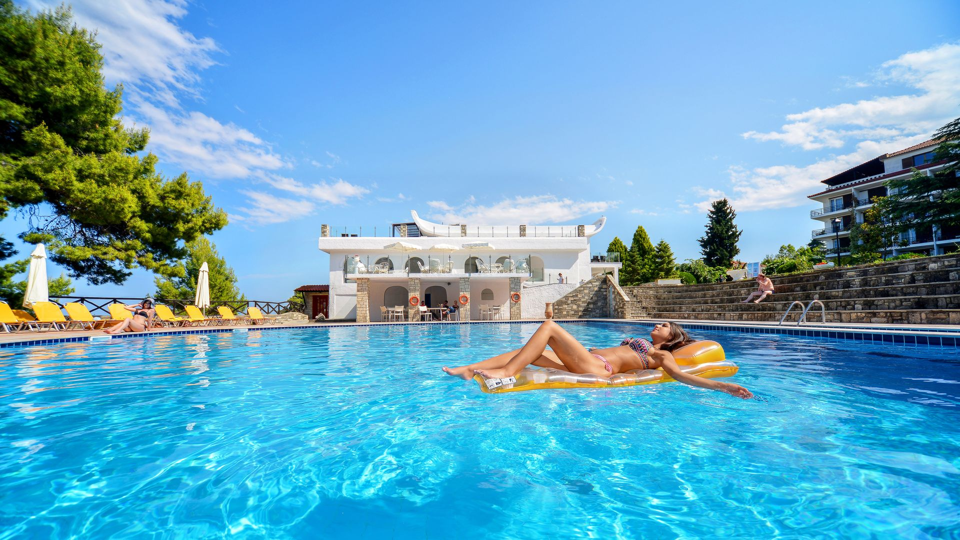 14 DAYS OF HOLIDAYS DREAM PACKAGE