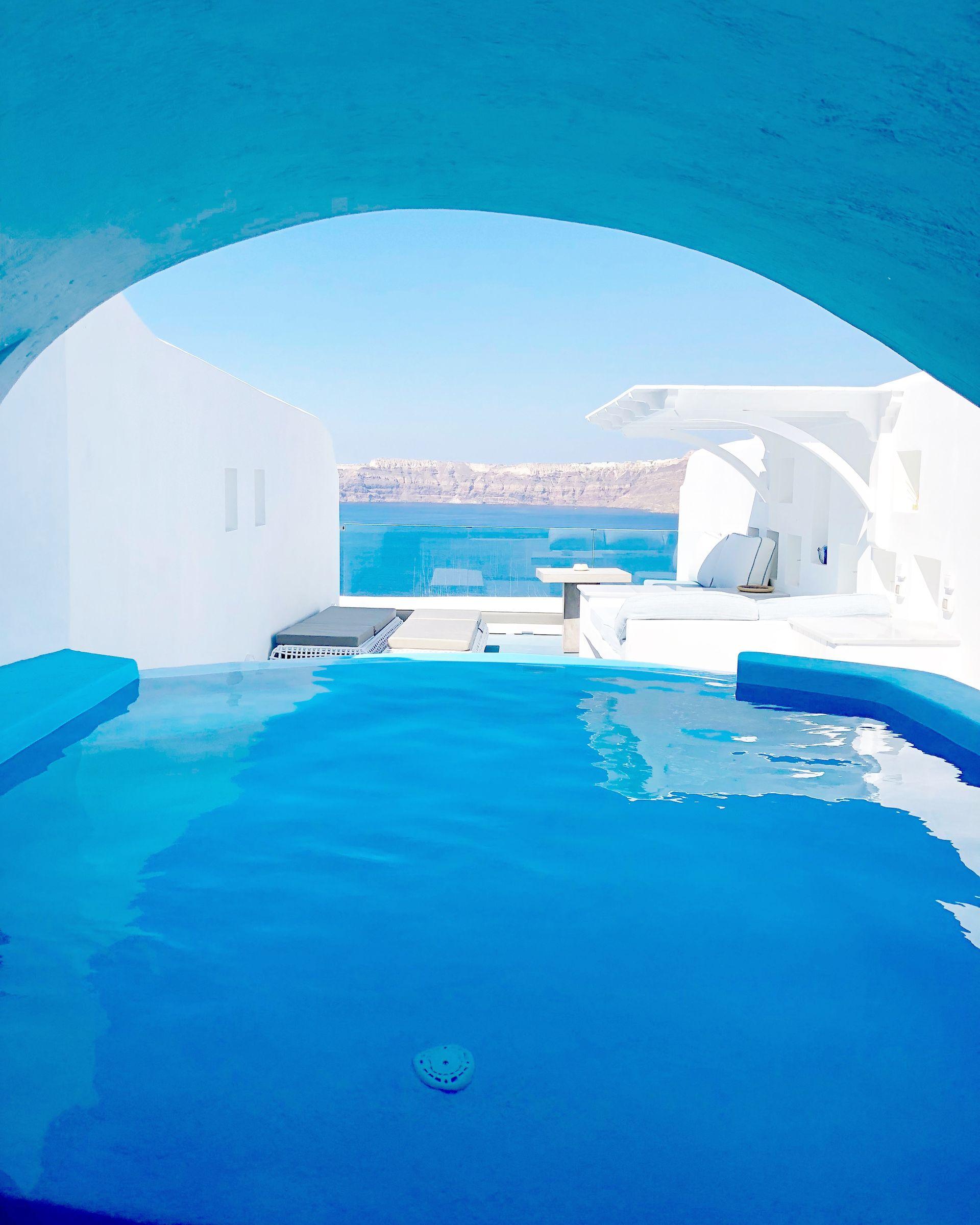 Cave Pool Suite - Astarte Suites in Santorini