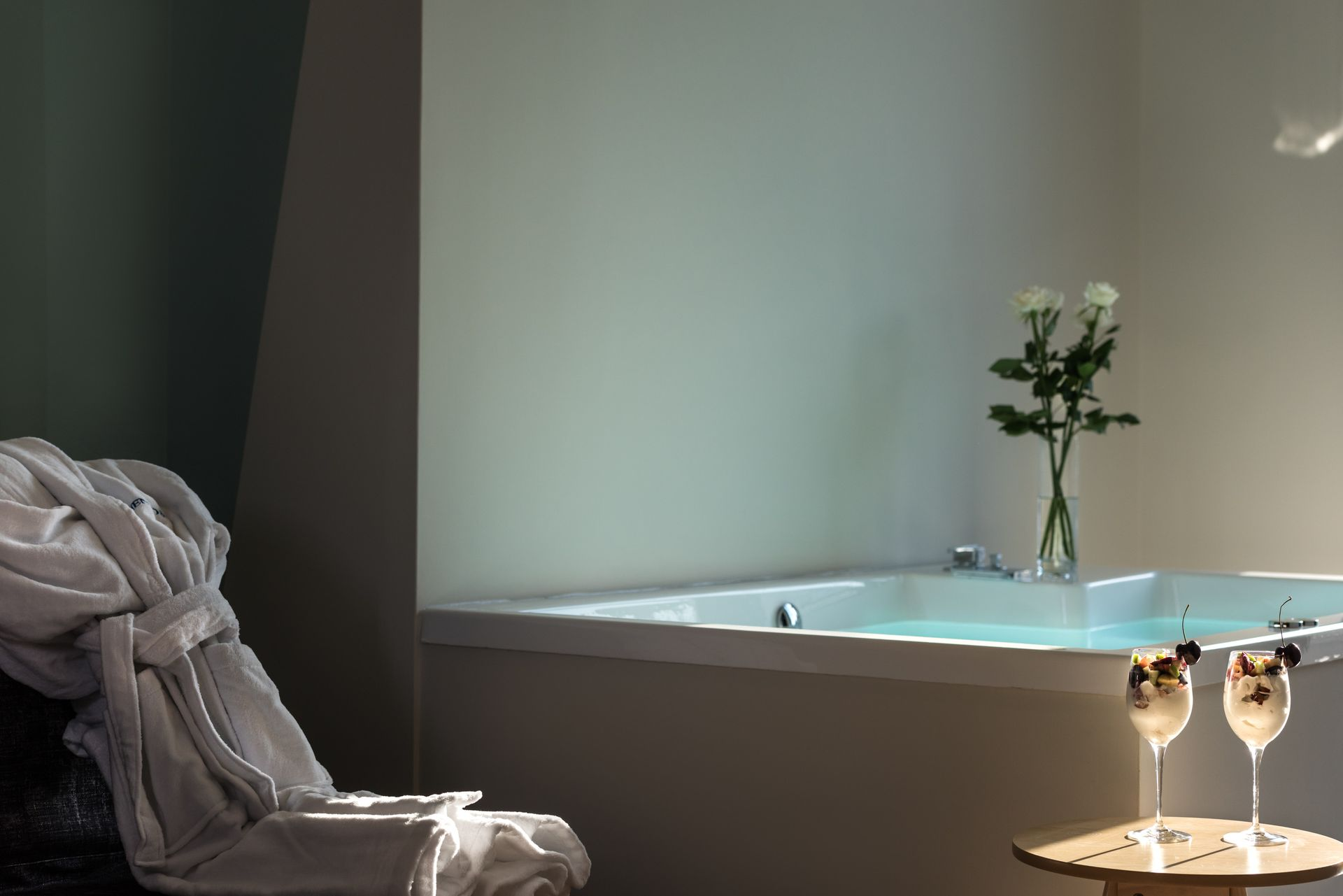 Prestige Suite with Jacuzzi - Athens One Smart Hotel, Greece