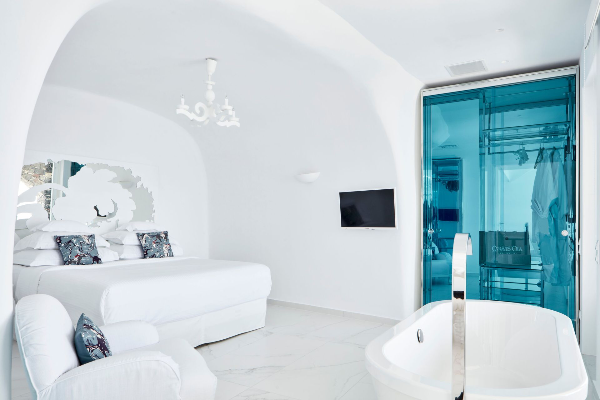 Executive Suite Cave Pool Caldera Sea View Flexible Rate
