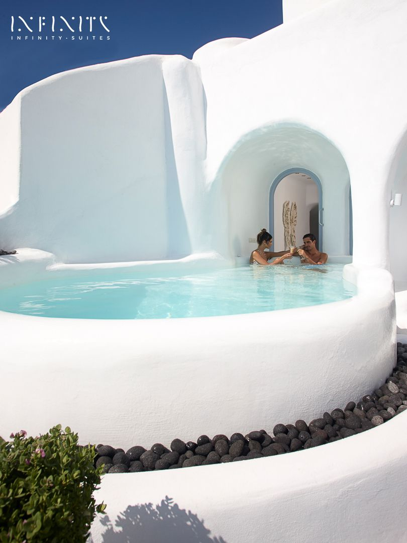 The Infinity Suite Indoor And Outdoor Heated Plunge
