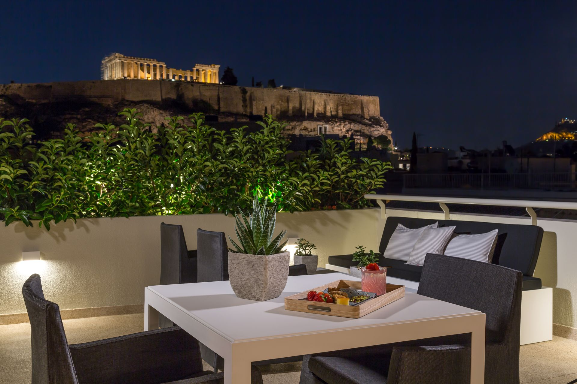Divani Palace Acropolis - Offers - Honeymoon Package