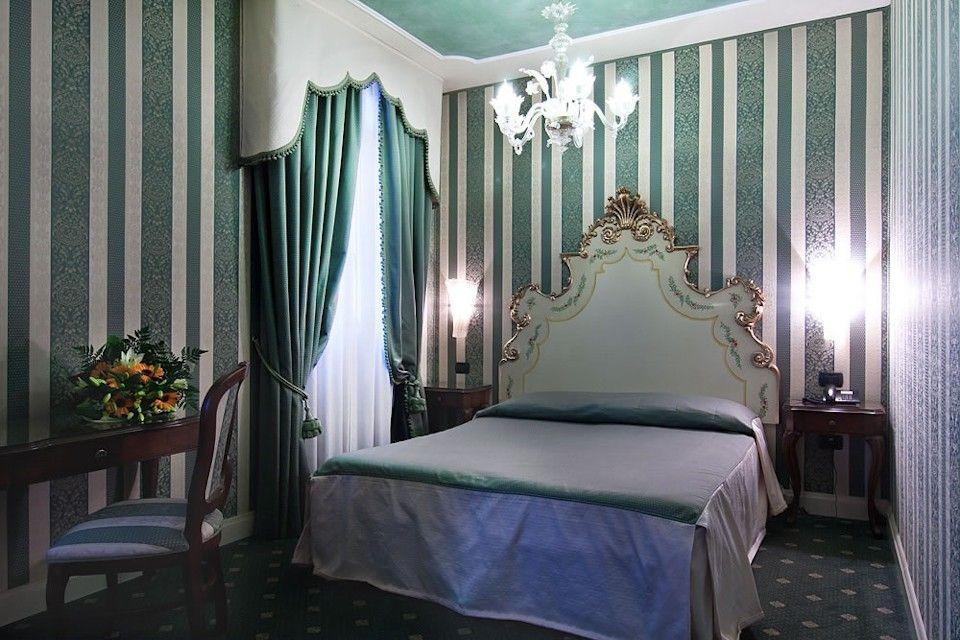 Triple Room - Belle Epoque Hotel Venice Italy | Book Online