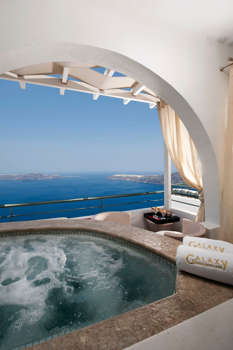 Modern Suites with Private Outdoor Jacuzzi - TLTT Total Luxury ...
