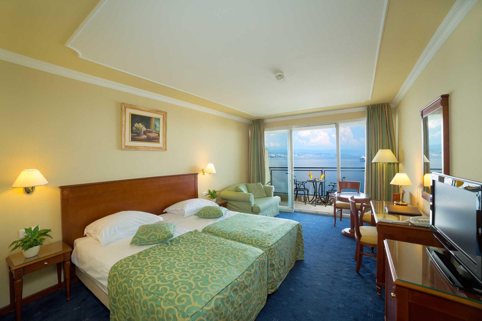 Superior Double Room +1 Villa Camellia 32 m² Sea View and Balcony-2