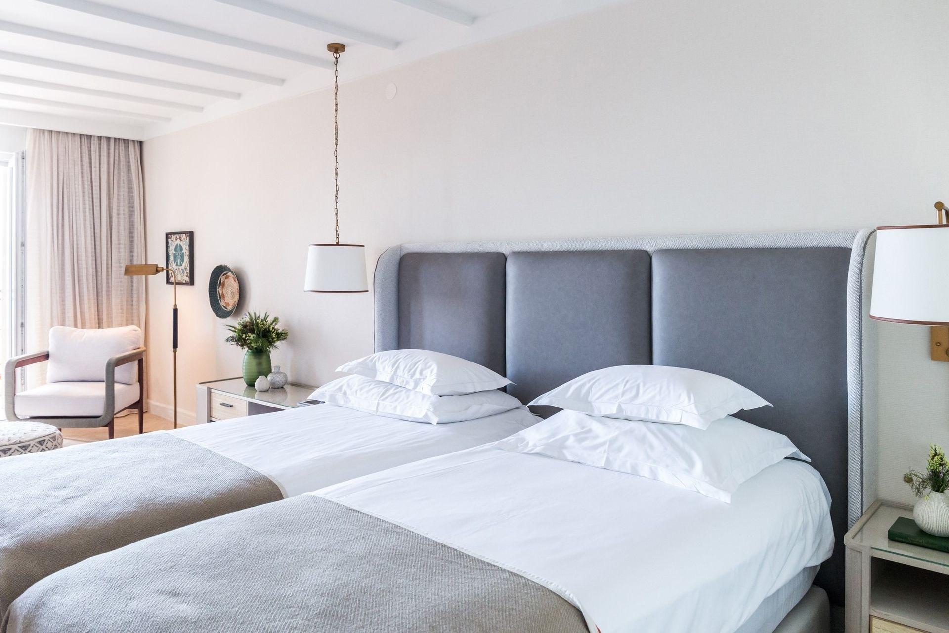 Superior Double/Twin Room Villa Camellia 28 m² Courtyard/Garden View and Balcony-4