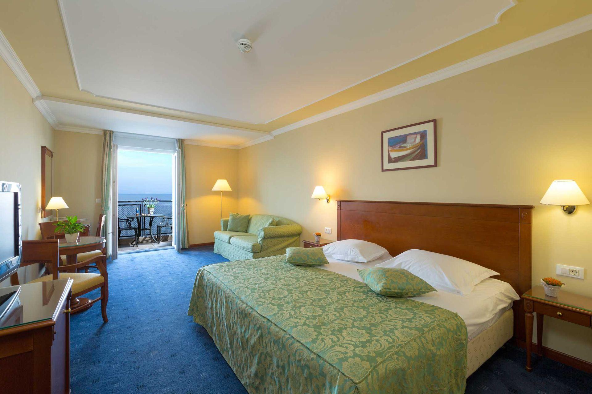 Superior Double Room Villa Camellia 32 m² Sea View and Balcony-2