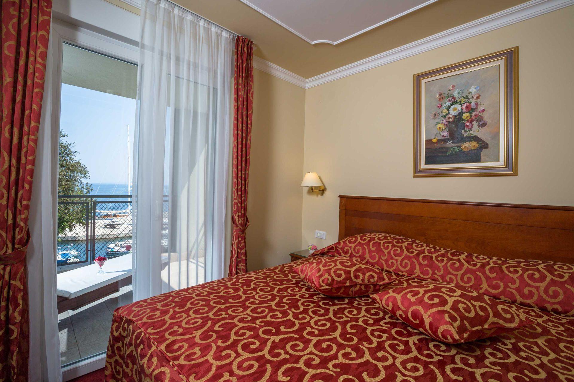 Suite Villa Camellia 85 m² Sea View and Balcony-2