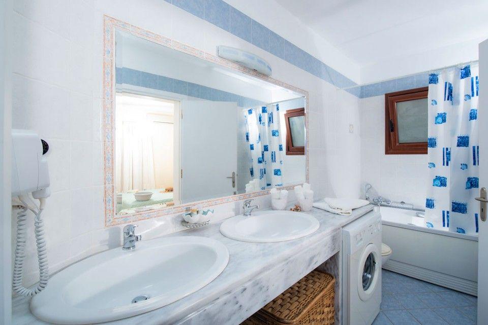 Plaka View Villas 3-Bedrooms & 2 baths Plaka Chania - Holiday Homes ...