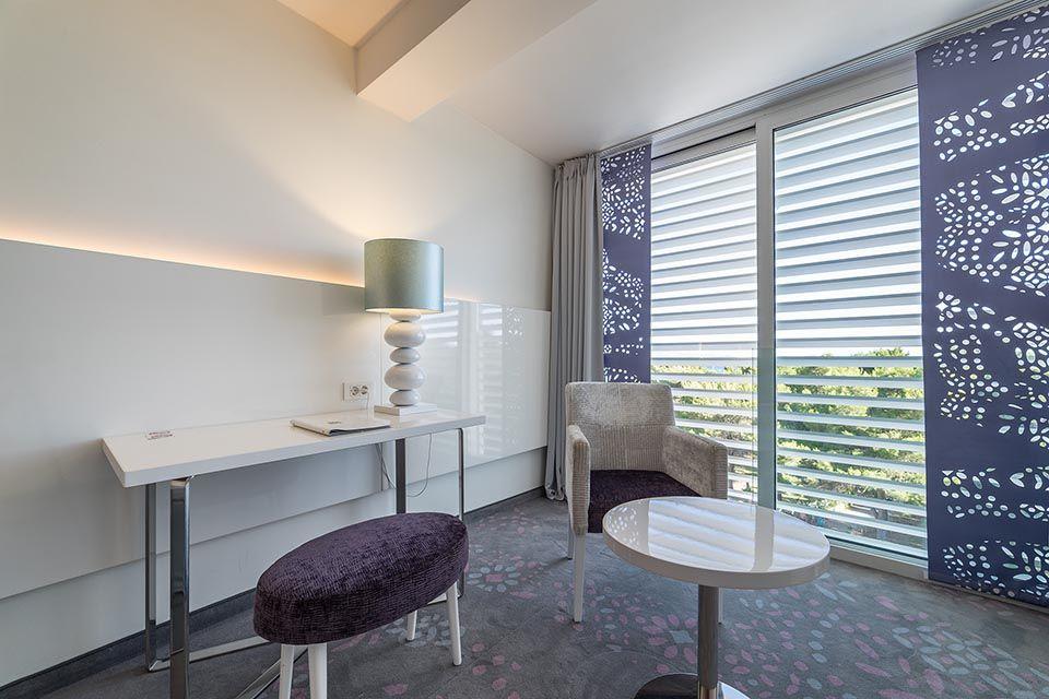 Doppel- oder Zweibettzimmer, 22 m² Meerblick, mit französischem Balkon-3