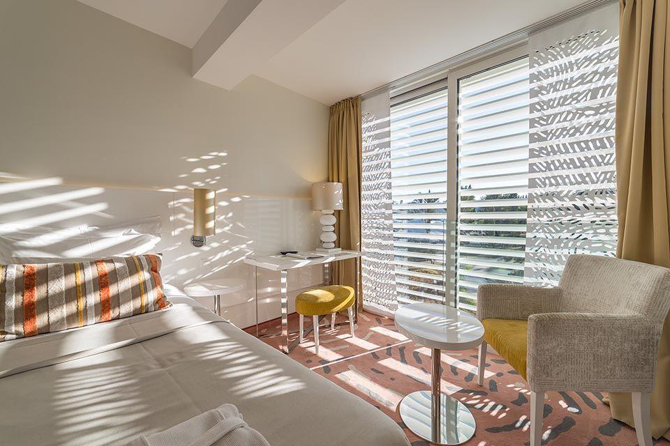 Dvokrevetna ili Twin Soba do Sobe 44m² Pogled Park sa Francuskim Balkonima-2