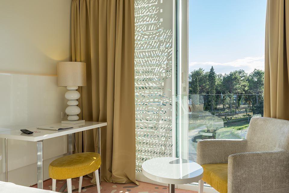 Dvokrevetna ili Twin Soba do Sobe 44m² Pogled Park sa Francuskim Balkonima-3