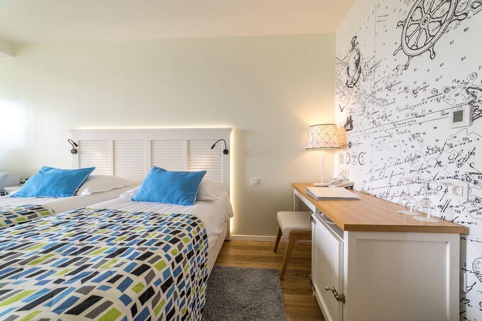 Großes Doppel- oder Zweibettzimmer, 27 m² Parkblick, mit Balkon-3