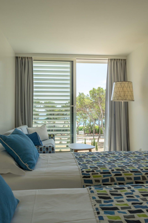 Großes Doppel- oder Zweibettzimmer, 27 m² Meerseite, mit französischem Balkon-2