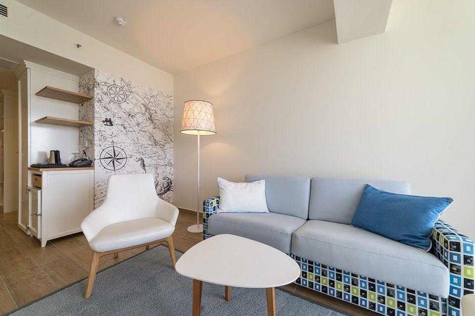 Dvokrevetna soba Extra Large +2 38m² s  Pogledom  Dvorište/Vrt sa Balkonom-2