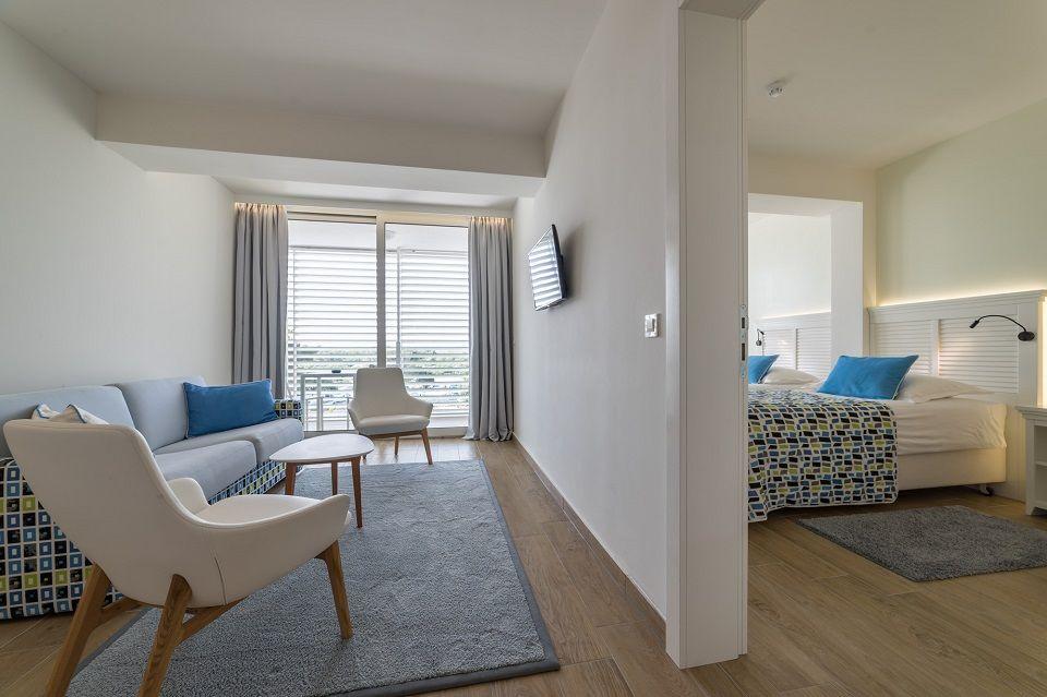 Dvokrevetna soba Extra Large +2 38m² s  Pogledom  Dvorište/Vrt sa Balkonom-3
