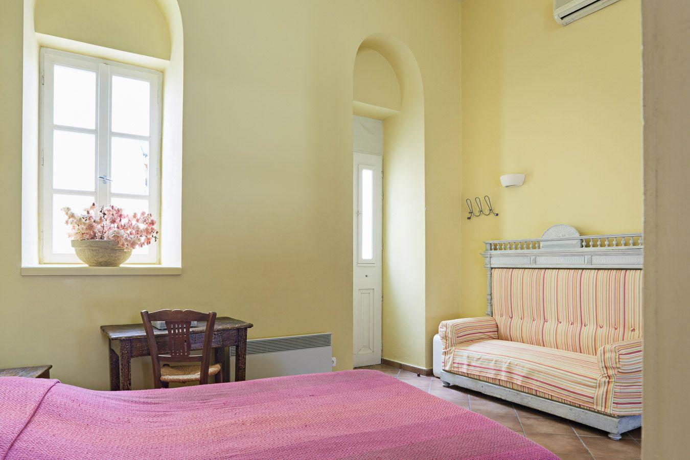 Blue and Yellow Mezzanine Studio - Lila Guesthouse Ermoupolis Syros ...