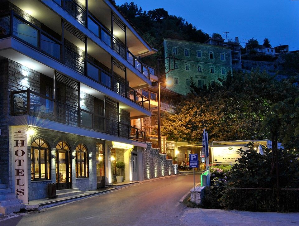 Maniatis Hotels & Resorts | Λαγκάδια