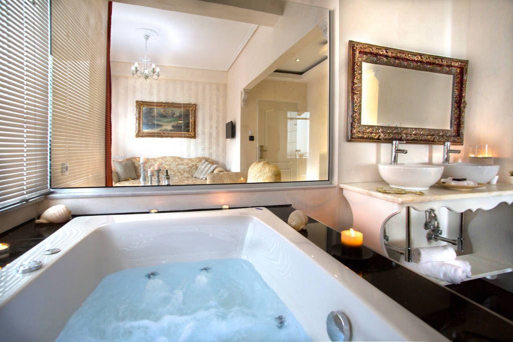 Dream Suite with Outdoor heated Jacuzzi & Indoor Jacuzzi – Rooftop ...