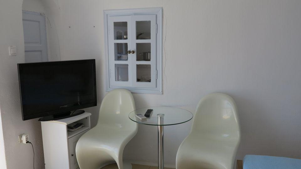 Cave Standard Studio with Caldera & Sea View - VIP Suites