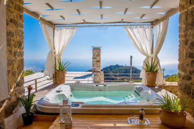 Open Air Jacuzzi in the Courtyard with infinitive views to the Med sea