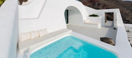 Villa Charissa with Caldera View and Plunge Pool
