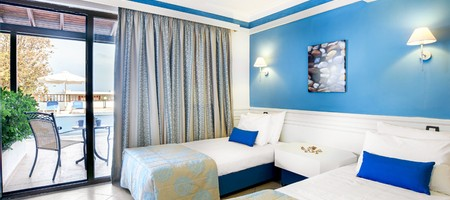 Double Room Sharing Pool