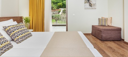 Deluxe Double Room Garden View