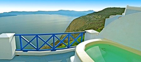 Executive Suite with open air couples Jacuzzi in private panoramic terrace with sea/volcano/caldera view