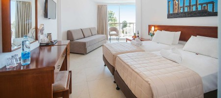 Special Offer Side Sea View Room