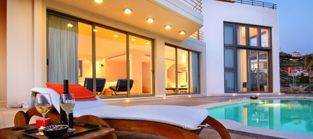 Villa Take Off    Veneti & Pemptis. Anavyssos