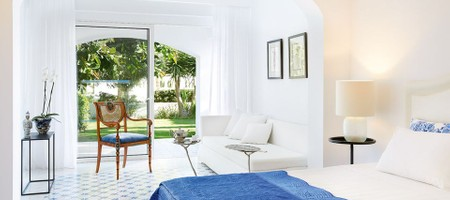 Open Plan Junior Suite with Private Garden