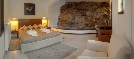 Deluxe Master Suite with Mountain View