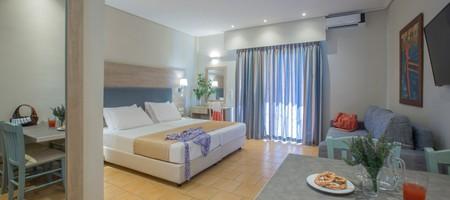 Studio Bungalow room with kitchen facilities