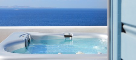 Suite with Private Outdoors Jacuzzi | Sea View