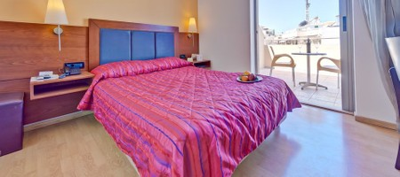 Double or Twin Room Standard