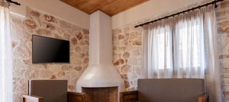 2 Bedroom Maisonette III