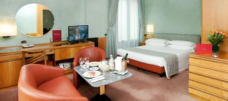 Double Room with Whirlpool Spa Bath