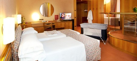 Triple Room with Whirlpool Spa Bath