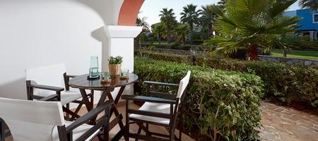 Bungalow Room Garden View