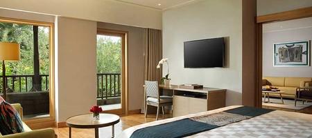Deluxe Suite [109.77 m²]