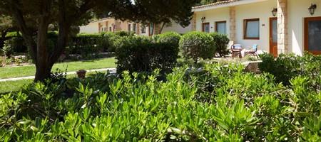 Bungalow Garden View