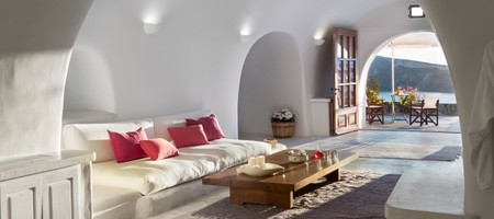 Perivolas Luxury Suite