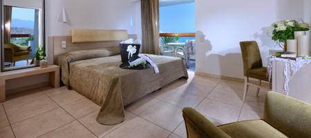 Deluxe Suite 1-Bedroom Sea View