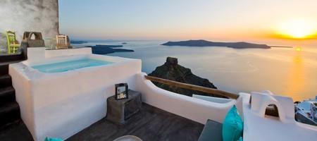 Efhari | Exclusive Suite with Outdoor Plunge Pool & Panoramic Caldera View