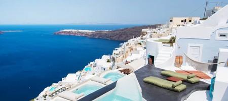Sophia Honeymoon Cave Suite with Indoor & Outdoor Plunge Pool & Caldera View