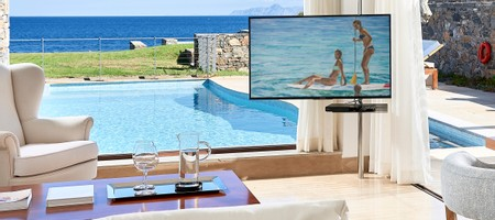 Club Suite Private Pool Seafront - Aiolos/ Zefyros/ Zeus House