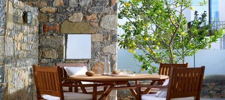 Family Suite 3 Bedroom Outdoor Jacuzzi Garden View