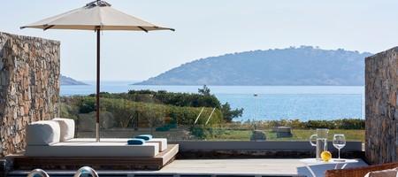 Club Οpen Plan Suite Private Pool Seafront - Odysseas 1/ Odysseas 2/ Eros