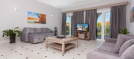 3 Bedroom First Floor Apartment